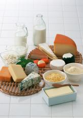 عکس انواع  پنیر و شیر