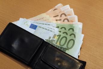 عکس پول یورو در کیف