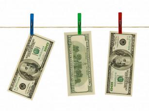 عکس اسکناس دلار آویزان