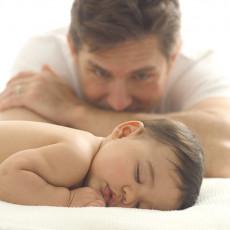عکس پدر و بچه خواب