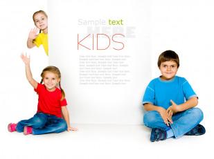 عکس بچه ها با تابلو سفید تبلیغات