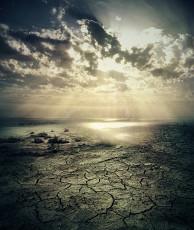 عکس آسمان و کویر خشک
