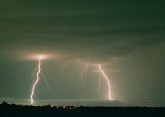 عکس رعد و برق و آسمان