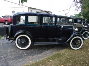 عکس ماشین قدیمی و آنتیک مشکی